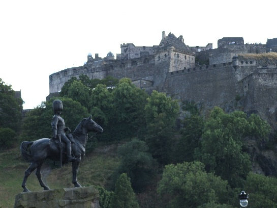 Scots Guards Statue and Edinburgh Castle, Edinburgh, Scotland