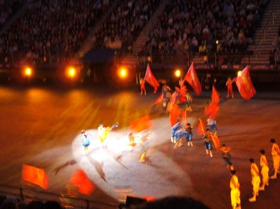 Chinese Dancers at the 2006 Edinburgh Military Tattoo at Edinburgh Castle, Edinburgh Scotland
