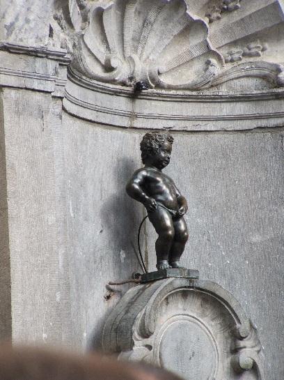 Mannekin Pis Statue in Brussels, Belgium