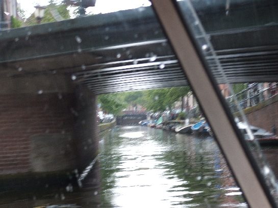 Canal cruise in Amsterdam, Nederlands