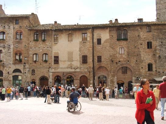 Central Square, San Gimignano, Tuscany, Italy