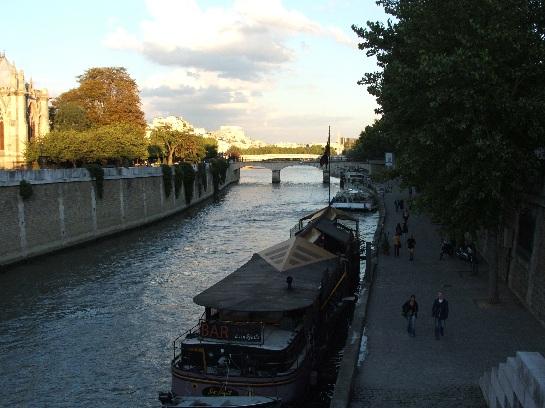 Bridges over the Seine at Notre Dame, Paris, France