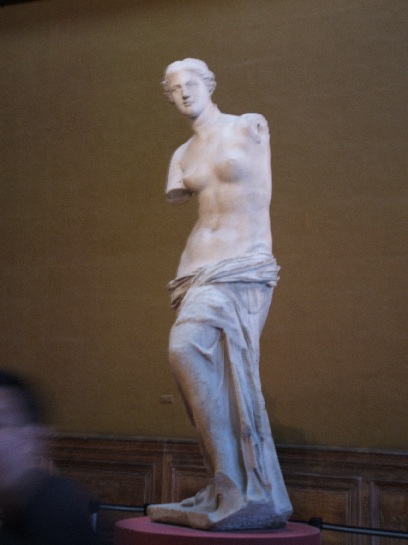 Venus di Milo inside the Louvre, Paris France