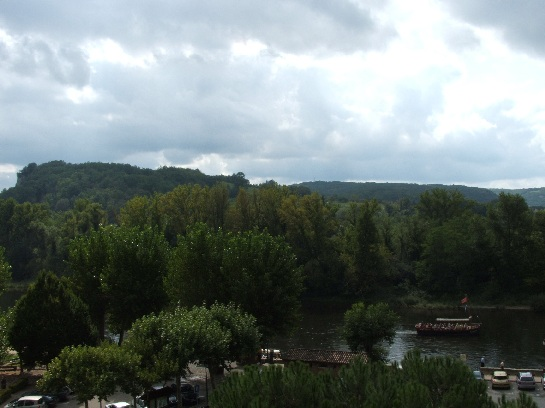 River cruise in the Dordogne Valley, France